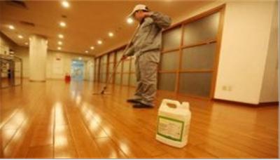 广州清洗外墙玻璃价格,办公室清洁公司